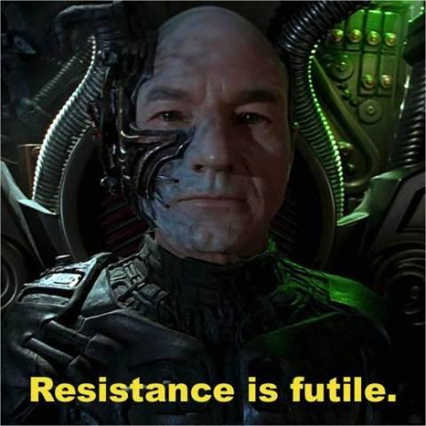 """קפטן פיקארד כלוקוטוס הבורג: """"ההתנגדות לא תועיל"""""""
